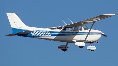 A picture of N96808 - Cessna 172P Skyhawk - [17276116] - © Wes Loeffler