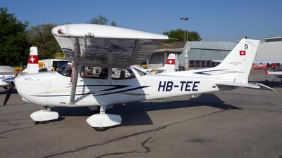 A picture of HBTEE - Cessna 172S Skyhawk SP - [172S10524] - © Mirko Bleuer
