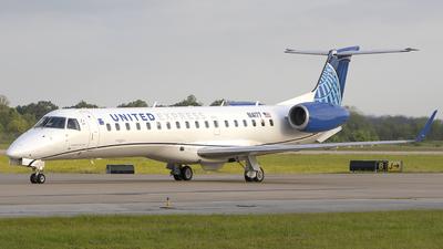 N14177 - Embraer ERJ-145XR - United Express (Commutair)