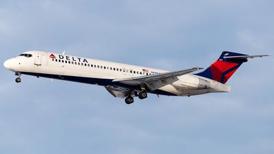 A picture of N998AT - Boeing 7172BD - Delta Air Lines - © Elise Van de Putte