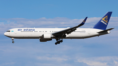 A picture of P4KEB - Boeing 7673KY(ER) - Air Astana - © Evan Zhang