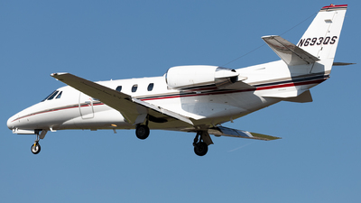 A picture of N693QS - Cessna 560XLS Citation Excel - NetJets - © SakaiWakana