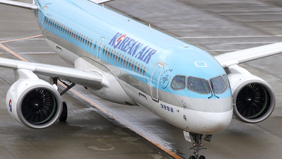 HL8091 - Airbus A220-371 - Korean Air