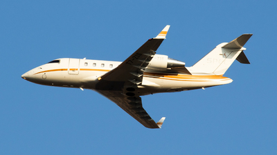 T7-ZIS - Bombardier CL-600-2B16 Challenger 650 - Private