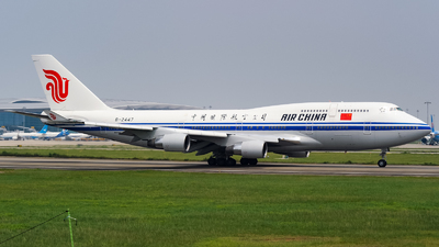 B-2447 - Boeing 747-4J6 - Air China