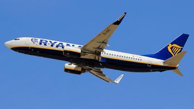 A picture of EIEKI - Boeing 7378AS - Ryanair - © Pampillonia Francesco - Plane Spotters Bari