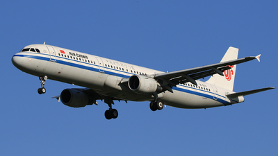 B-6711 - Airbus A321-213 - Air China