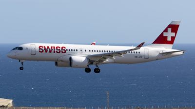 A picture of HBJCF - Airbus A220300 - Swiss - © Leandro Hdez