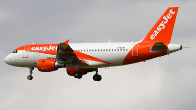 A picture of GEZAG - Airbus A319111 - easyJet - © Nigel Fenwick