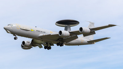 201 - Boeing E-3F Sentry - France - Air Force