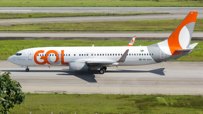 A picture of PRGZH - Boeing 73785R - GOL Linhas Aereas - © juh.spotting