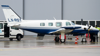 LX-RST - Piper PA-31T Cheyenne - Private