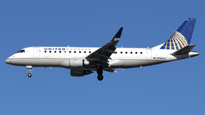 A picture of N749YX - Embraer E175LR - United Airlines - © Mark Szemberski