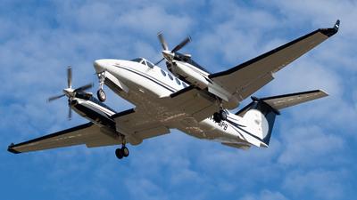N476PB - Beechcraft B300 King Air 350i - AirShare