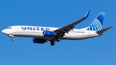 N37267 - Boeing 737-824 - United Airlines