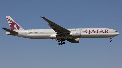 A picture of A7BED - Boeing 7773DZ(ER) - Qatar Airways - © Robert Smith