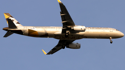 A picture of A6AED - Airbus A321232 - Etihad Airways - © Salman Tareen.