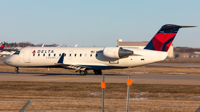 N8896A - Bombardier CRJ-440 - Delta Connection (Pinnacle Airlines)