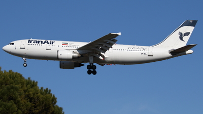 A picture of EPIBA - Airbus A300B4605R - Iran Air - © Giovanni Padovani