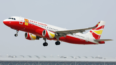 B-8446 - Airbus A320-214 - Lucky Air