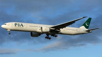 AP-BMS - Boeing 777-3Q8ER - Pakistan International Airlines (PIA)