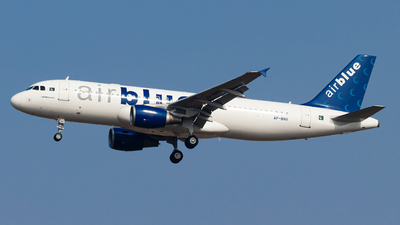 A picture of APBNV - Airbus A320214 - AirBlue - © Hassaan Ali Khan