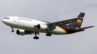 A picture of N167UP - Airbus A300F4622R - UPS - © HA-KLS