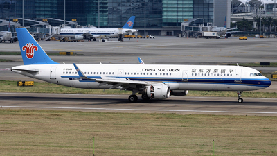 A picture of B8849 - Airbus A321211 - China Southern Airlines - © nibrage