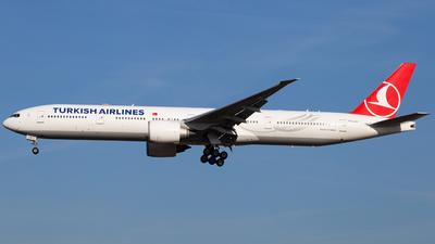 TC-LJH - Boeing 777-3F2ER - Turkish Airlines