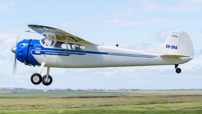 VH-ONA - Cessna 190 - Private