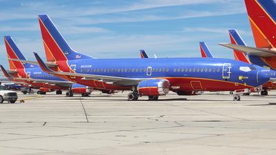 N639SW - Boeing 737-3H4 - Untitled