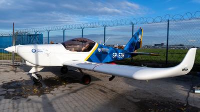 A picture of SPEZH - Aero AT3 R100 - [] - © Kuba Majek
