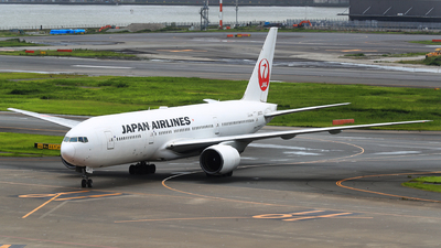 JA007D - Boeing 777-289 - Japan Airlines - Flightradar24