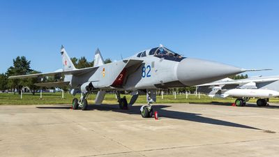 RF-92385 - Mikoyan-Gurevich MiG-31BM Foxhound - Russia - Air Force