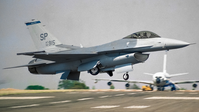 92-3915 - General Dynamics F-16C Fighting Falcon - United States - US Air Force (USAF)