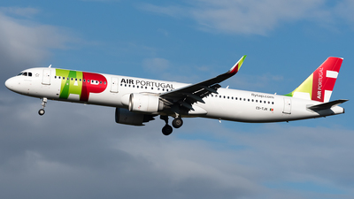 A picture of CSTJN - Airbus A321251N - TAP Air Portugal - © Michele Barban