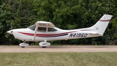 A picture of N4196D - Cessna 182S Skylane - [18280461] - © Yan777