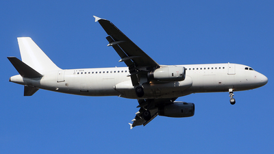 LY-VEQ - Airbus A320-232 - Avion Express