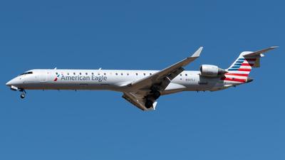 A picture of N905J - Mitsubishi CRJ900ER - American Airlines - © Roberto Tirado