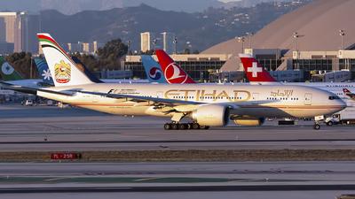 A6-LRE - Boeing 777-237LR - Etihad Airways