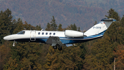 D-CEFE - Cessna 525C CitationJet 4 - E-Aviation