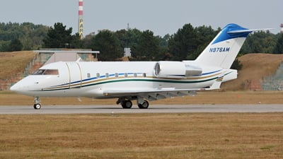 N976AM - Bombardier CL-600-2B16 Challenger 604 - Private