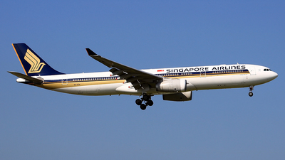 9V-STM - Airbus A330-343 - Singapore Airlines