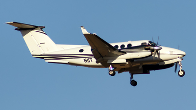 N11T - Beechcraft B200GT Super King Air - Private