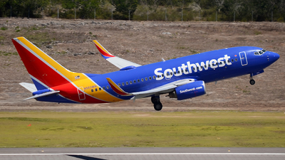 A picture of N563WN - Boeing 737752 - Southwest Airlines - © Mike Garcia Roman (MAS Aviation Press)