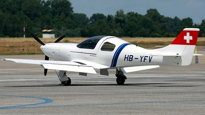 A picture of HBYFV - Lancair 320 - [366] - © Gerhard Ruehl