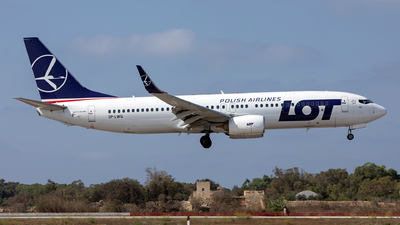 A picture of SPLWG - Boeing 73786N - LOT - © Chris Camille
