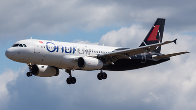 TC-ODD - Airbus A320-232 - Onur Air