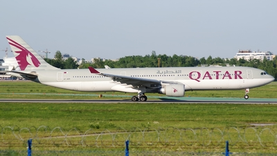 A7-AEH - Airbus A330-302 - Qatar Airways