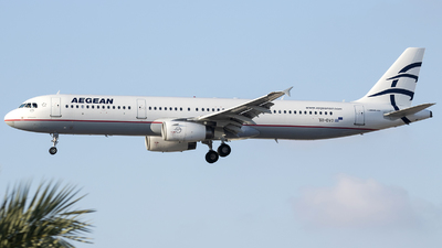 A picture of SXDVO - Airbus A321231 - Aegean Airlines - © Tony Goldin